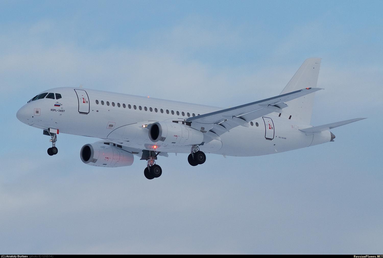Sukhoi Superjet-100 - 95037 - полеты в Жуковском