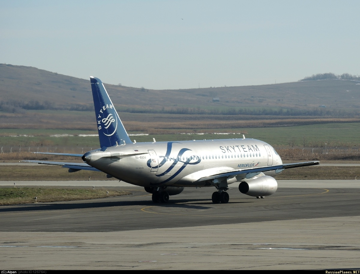 Sukhoi Superjet-100 - 95029 готовится на взлет