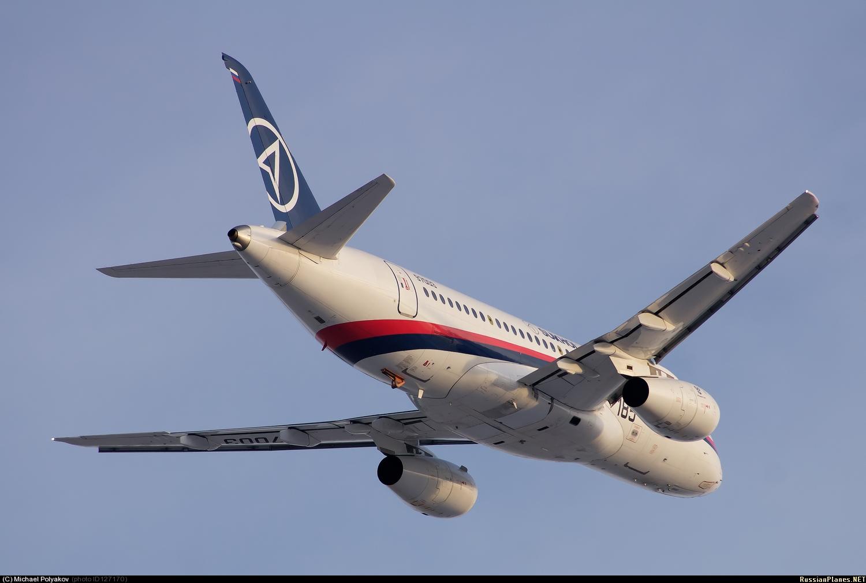 Sukhoi Superjet-100 - 95003 в небе