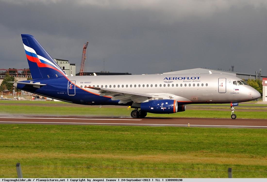 Sukhoi Superjet-100 - Суперджет в Таллине