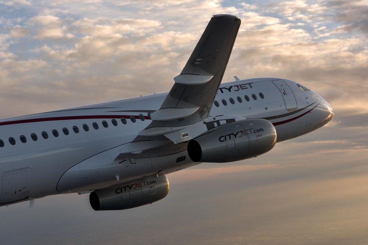 Sukhoi Superjet-100 EI-FWB (95108)