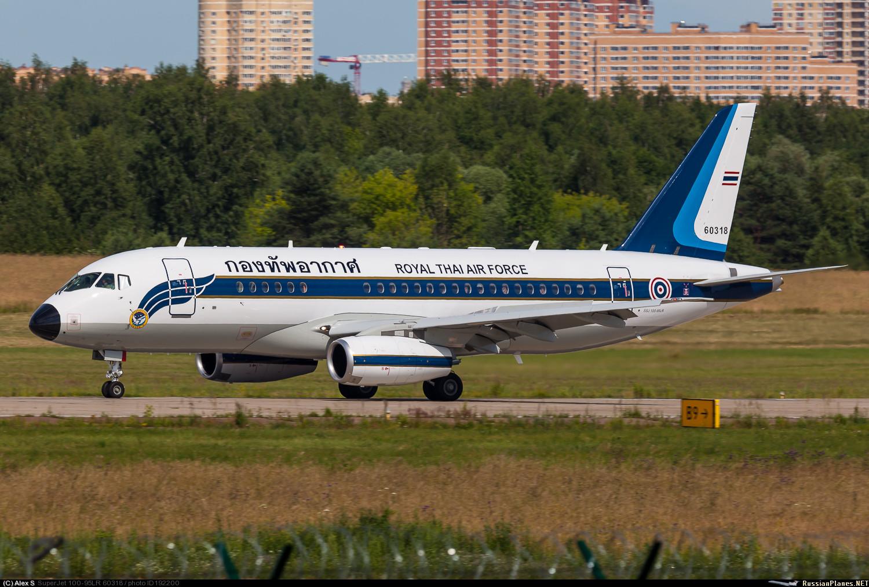 Sukhoi Superjet-100 60318 (95095)