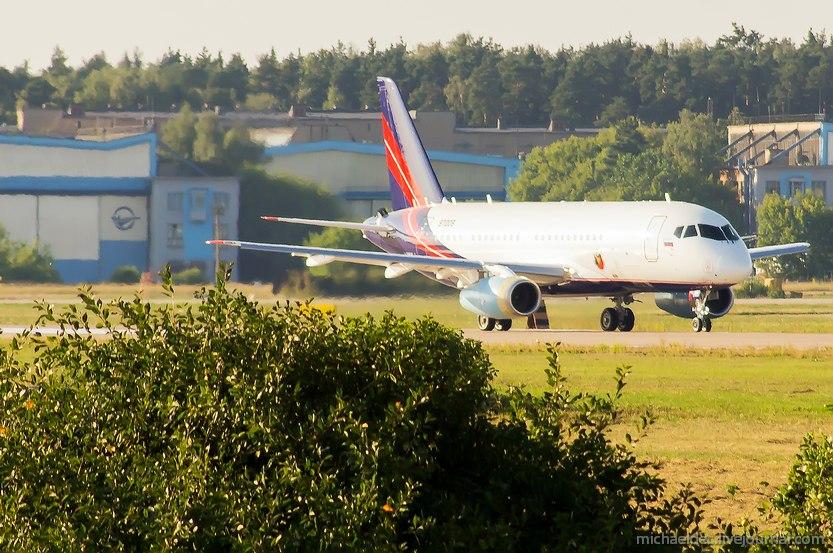 Sukhoi Superjet-100 RA-89053 (95009)