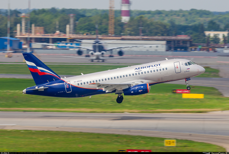 Sukhoi Superjet-100 RA-89099 (95137)