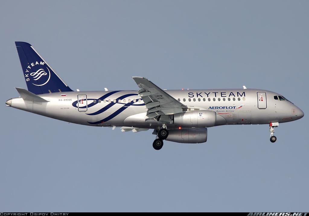 Sukhoi Superjet-100 - RA-89005