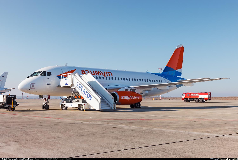 Sukhoi Superjet-100 RA-89121 (95175)
