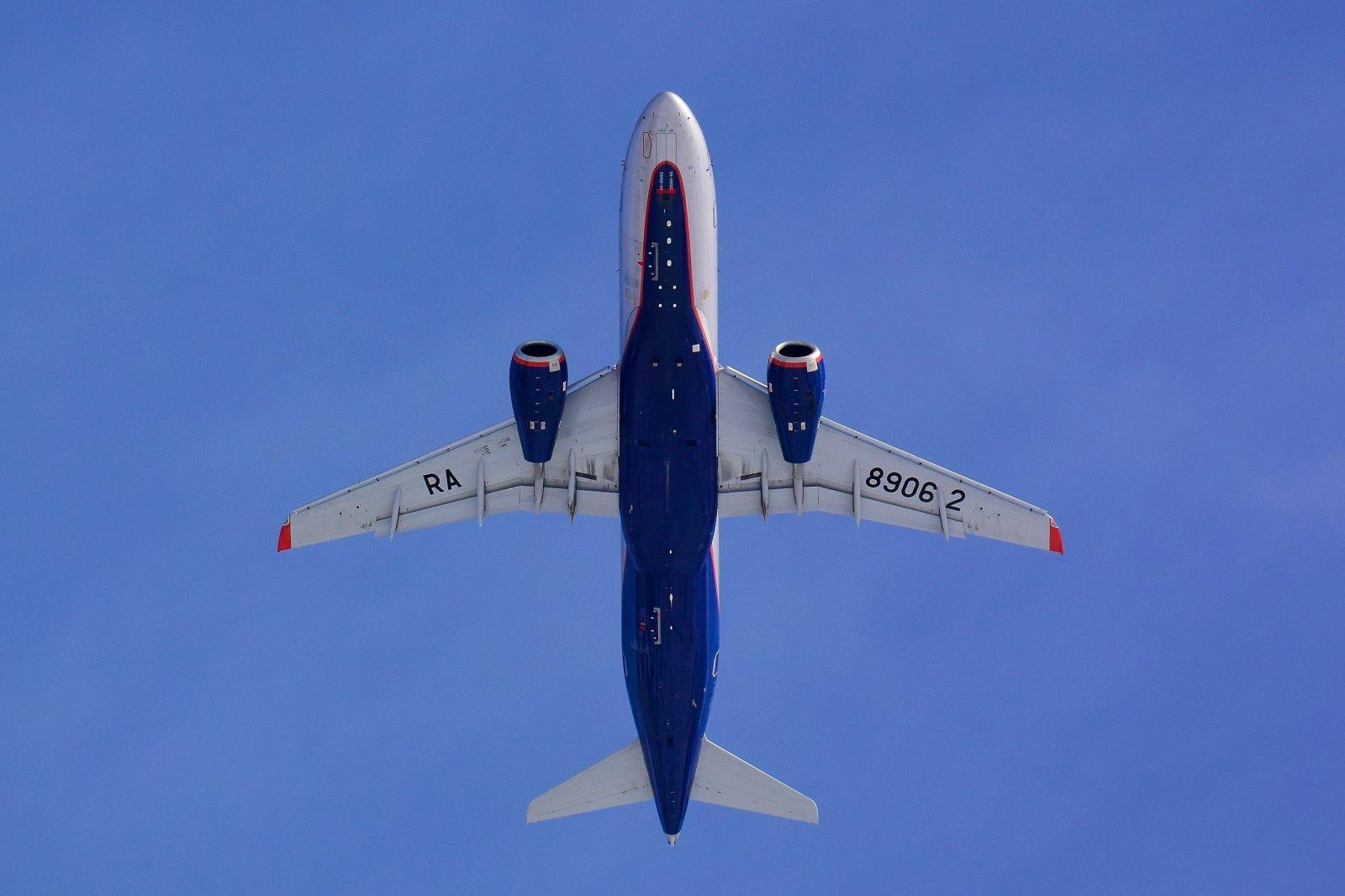 Sukhoi Superjet-100 - RA 89062