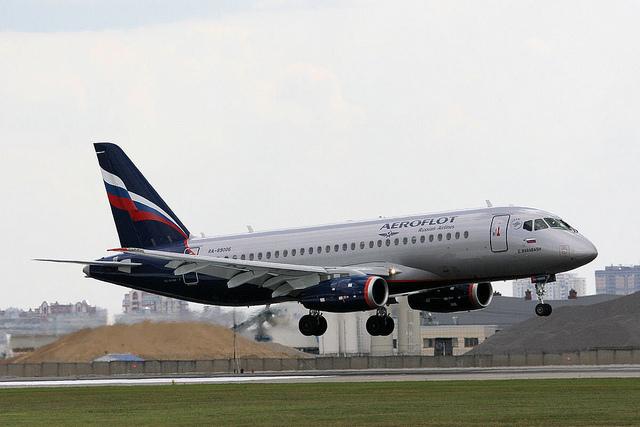 Sukhoi Superjet-100 RA-89006 (95014)