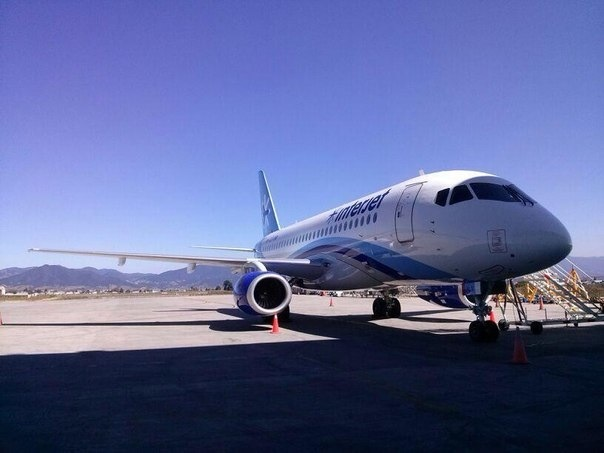Sukhoi Superjet-100 - XA-JLV прилетел домой
