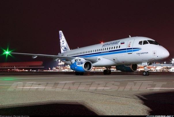 Sukhoi Superjet-100 - RA-89021