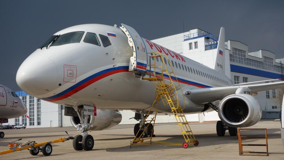 Sukhoi Superjet-100 RA-89039 (95030)