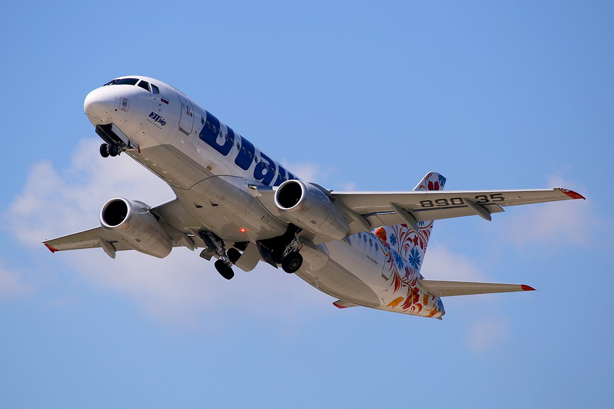 Sukhoi Superjet-100 - http://vk.com/photo-45438205_375677933