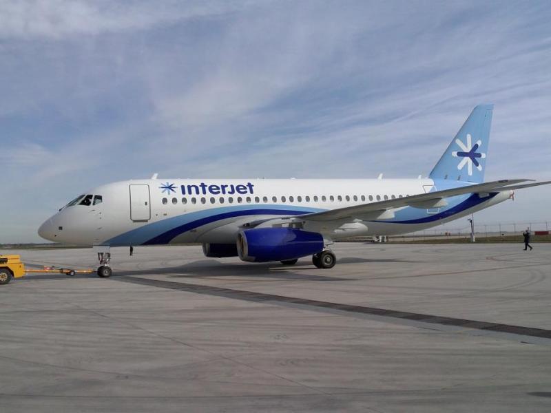 Superjet_100_Interjet%20%281%29.jpg
