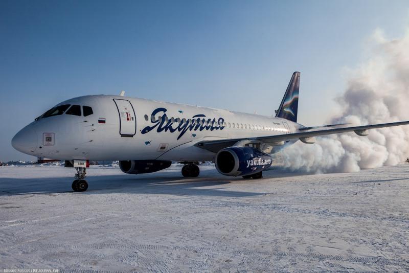 Superjet-100_Yakutia%20%284%29.jpg