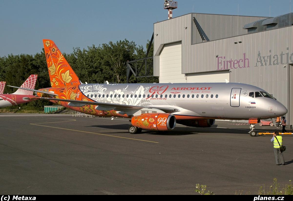 sukhoi-superjet-100-ra-89009-aeroflot-afl-su-ostrava-osr-lkmt.jpg
