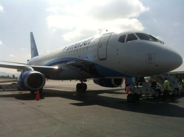SSJ100_95024_Toluca.jpg