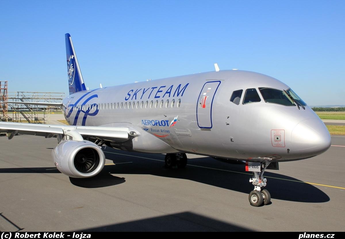 sukhoi-superjet-100-ra-89015-aeroflot-afl-su-ostrava-osr-lkmt%20%281%29.jpg