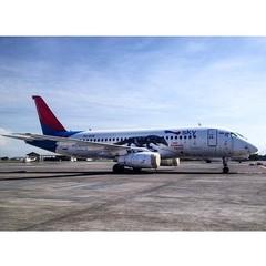 Sukhoi Superjet-100 - http://img-fotki.yandex.ru/get/9512/69099776.c/0_ab216_ac1e714a_XL.jpg