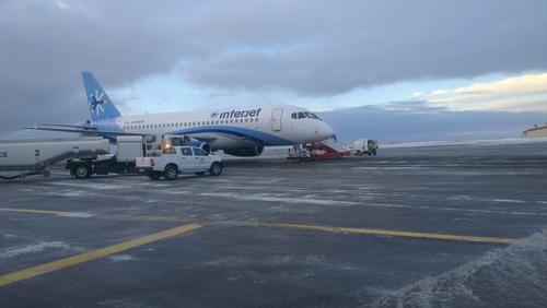Sukhoi Superjet-100 - XA-ABM в Исландии