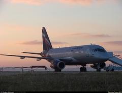 Sukhoi Superjet-100 - Наутро после вынужденной ночевки