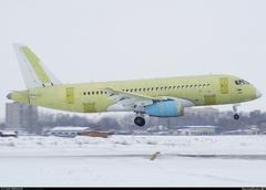 Sukhoi Superjet-100 - 95089, перелёт с завода, промежуточная посадка в Толмачёво