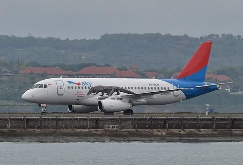 Sukhoi Superjet-100 - Суперджет на Бали