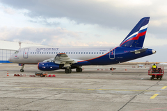 Sukhoi Superjet-100 - RA-89014 в Днепропетровске 22.02.14